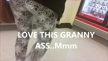 Granny juicy ass and phat pussy print