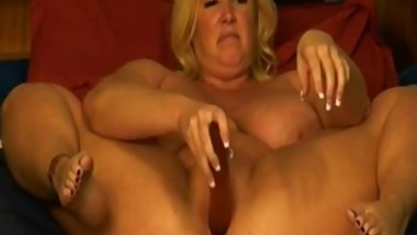 Busty star ZoeyAndrews with big boobs gets squirting ALIVEGIRL