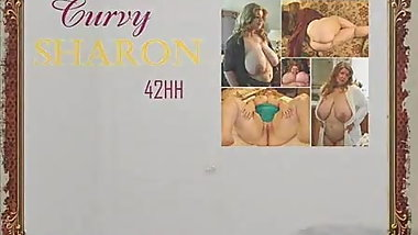 Curvy Sharon Wants you to sniff her panties