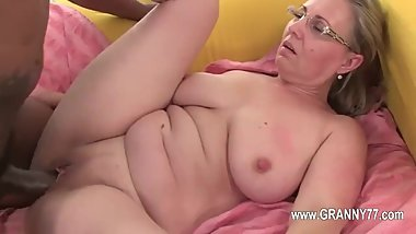 Old mature love blowjob and hardcore fucking