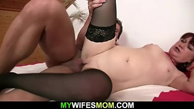 Girlfriends hot mom toying her cunt before taboo sex